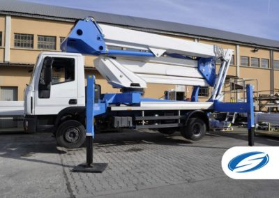 platforms on truck with jib ForSte 37DJ lateral Socage
