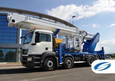 truck with telescopic lifting platform jib ForSte 54TJJ left side Socage