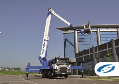 truck with telescopic lifting platform jib ForSte 54TJJ stabilizers Socage