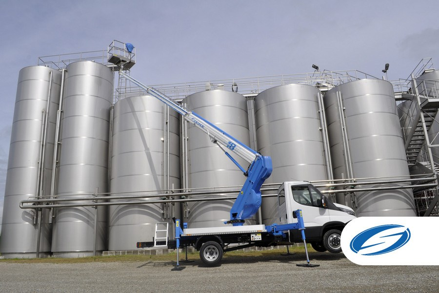 trucks with basket lift ForSte 18T arm extension Socage