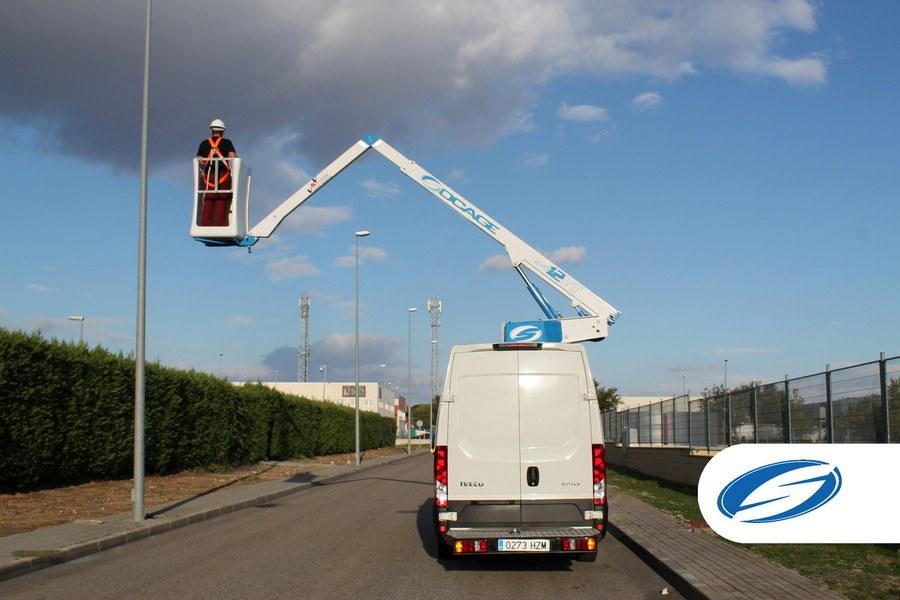 van with basket ForSte 12VT side reach Socage 1